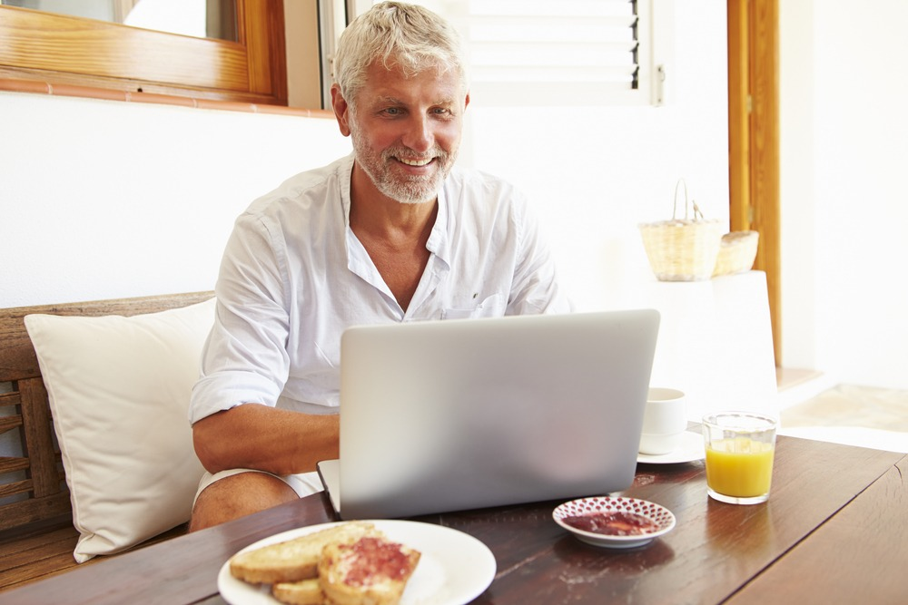 Online dating for over 60